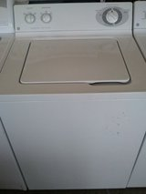 LIKE NEW GE TOP LOAD WASHER 26 CYCLES 5 SPEED WARRANTY/DELIVERY/INSTAL in Bolling AFB, DC